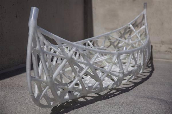 这都可以!3D打印混凝土独木舟能划行