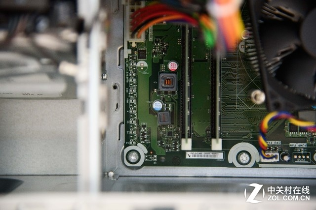 GTX1070游戏主机 惠普OMEN 870图赏